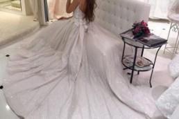 Анна Бузова облачилась в свадебный наряд