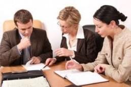 Когда стоит обращаться в брачную фирму?
